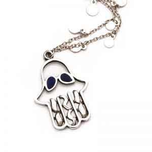 A statement kaff necklace
