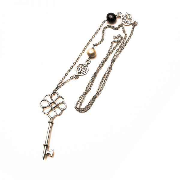 The key of happiness necklace