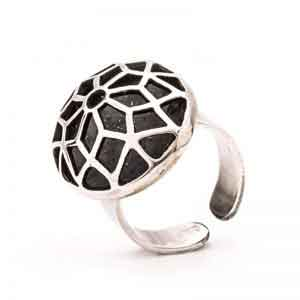 A geometric oval shaped silver ring