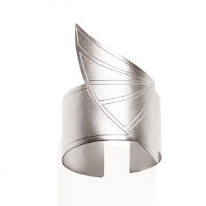 Horus wing bracelet (mix matt _shiny platinum plated finish)